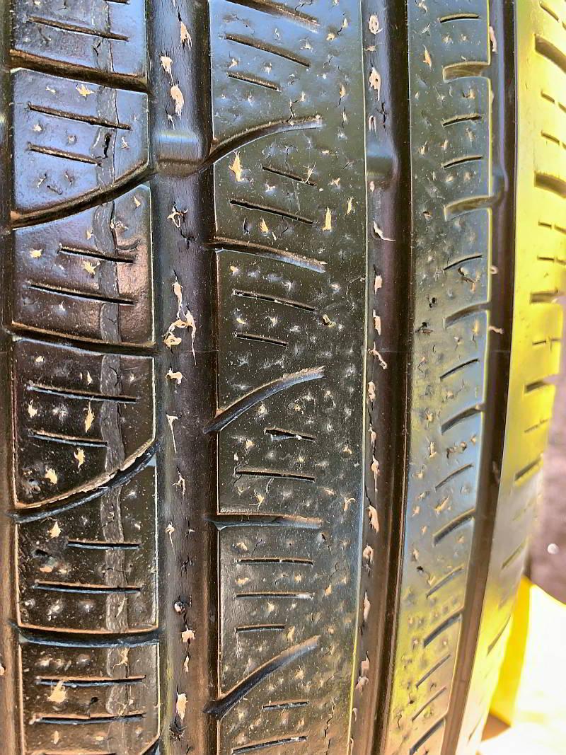 Bikeseal Com Tyre Sealant Puncture Repair Kit Puncture Repair Prevention Kit For Motorbikes